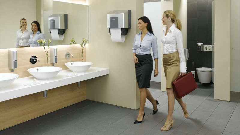"""""""厕所文明""""的落差有多大?"""