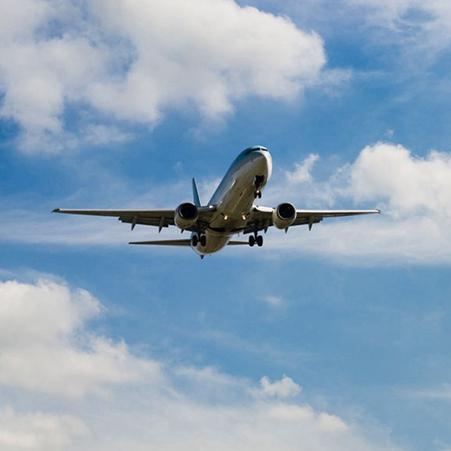 飞机上没有氧气瓶,那氧气面罩的氧气从哪来?