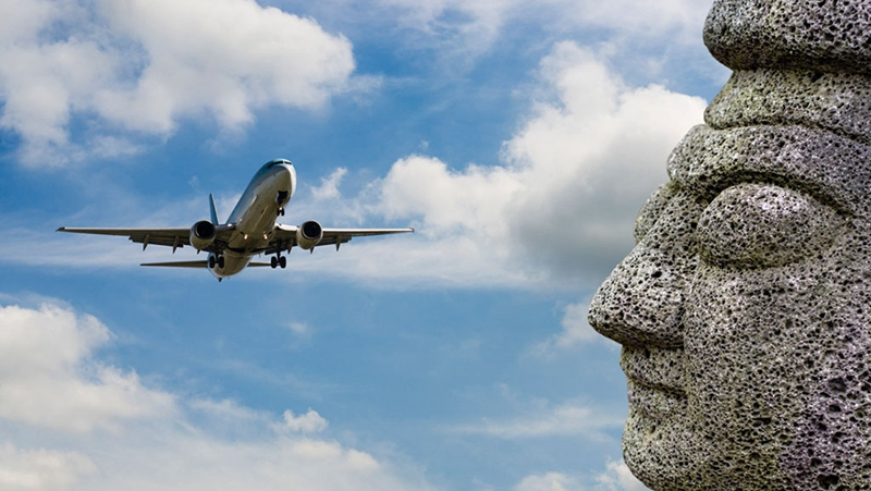 飞机上没有氧气瓶,那氧气面罩的氧气从哪来?的头图